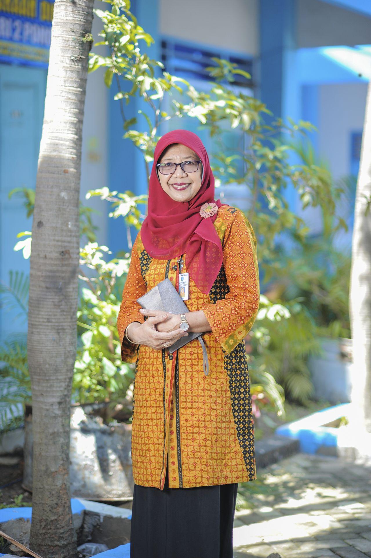 Siti Lestari, S.Pd.